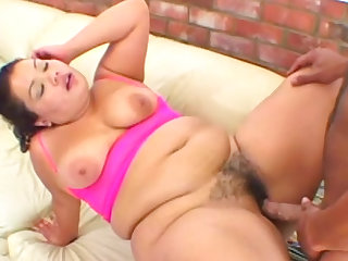 Fat girl fucked in her hairy vagina