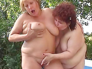Fat lesbians get wet in the pool
