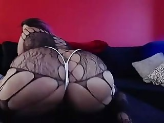 Diamond Doll on cam