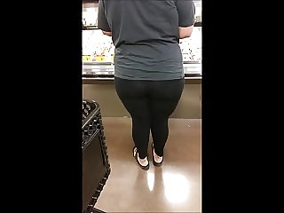 Candid bbw latina with fat ass leggings