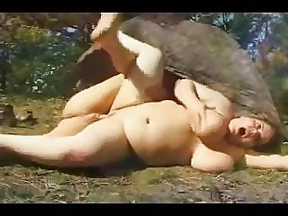 BBW PAWG Gets Anal Fuck Outdoors