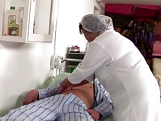 Doctors big ass gets drilled and creampied
